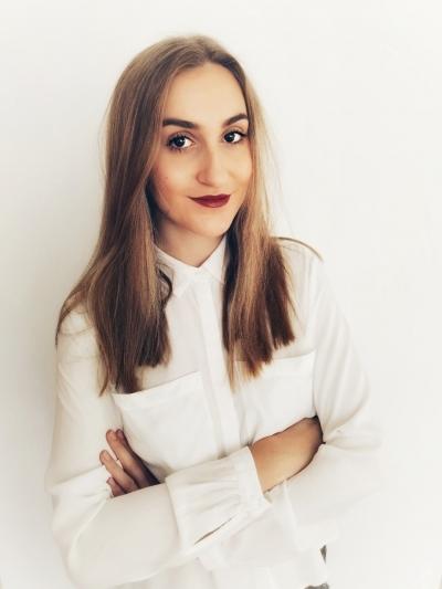 Erika TACHEOVÁ